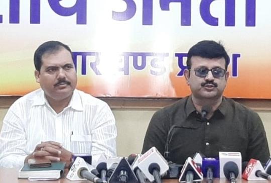 कोरोना संक्रमण काल में कांग्रेस को धरना प्रदर्शन की अनुमति कैसे मिली?: प्रतुल शाहदेव