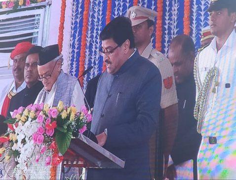 महाराष्ट्र : पूर्व सीएम अशोक चह्वाण बने मंत्री, अजीत पवार डिप्टी सीएम
