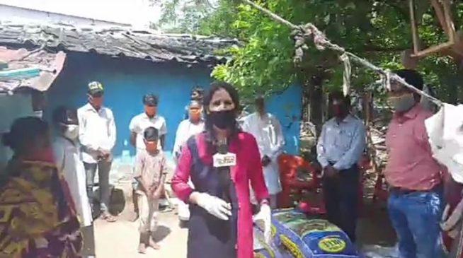 #Video: सोशल मीडिया पर मिली जानकारी नीरज राशन के साथ पहुंचे टाना भगतों के पास