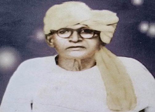 भिखारी ठाकुर की 49वीं पुण्यतिथि पर लोक गायिका मनीषा ने किया नमन(Video)