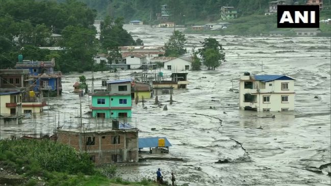 नेपाल के सिंधुपालचक में बाढ से 7 लोगों की मौत, 30 लापता