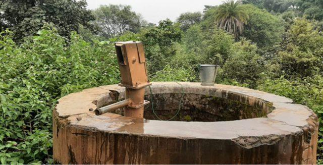 दुमका का रेशमा गांव : सात-आठ महीने पहले लगी सोलर टंकी, पर अबतक नहीं मिला एक बूंद पानी