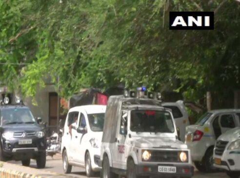 कांग्रेस के एक और राज्य में राजनीतिक अस्थिरता के आसार, टीएस सिंहदेव दिल्ली में डटे, विधायक भी पहुंचे
