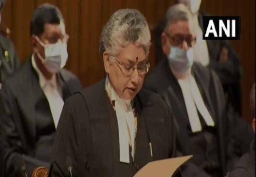 सुप्रीम कोर्ट : तीन महिला वीबी नागरत्ना, हिमा कोहली व बेला त्रिवेदी सहित नौ जजों शपथ ग्रहण किया