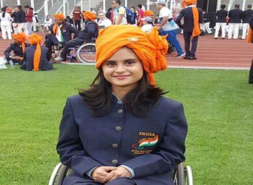 भारतीय निशानेबाज अवनि लेखरा ने शुक्रवार को चल रहे टोक्यो पैरालंपिक में आर 8 महिलाओं की 50 मीटर राइफल 3पी एसएच1 स्पर्धा में 445.9 अंकों के साथ कांस्य पदक जीता। अवनि का पैरालंपिक में यह दूसरा पदक है। इससे पहले उन्होंने 10 मीटर राइफल में स्वर्ण पदक जीता था। भारत का यह पैरालंपिक में12वां पदक है। 19 वर्षीय अवनि भारतीय एथलीट प्रोन राउंड के समापन के बाद छठे स्थान पर खिसक गईं थीं। 30 शॉट के बाद अवनि के 303.4 अंक हो गए। एलिमिनेशन राउंड की शुरुआत में बेहतर प्रदर्शन करते हुए अवनि पांचवें स्थान पर आ गई। इसके बाद वह अगले दो दौर के अंत में बेहतर प्रदर्शन जारी रखते हुए 149.5 के स्कोर के साथ चौथे स्थान पर आ गईं। अंतिम कुछ मिनटों में, अवनि ने अपना शानदार प्रदर्शन जारी रखते हुए कांस्य पदक जीत लिया।