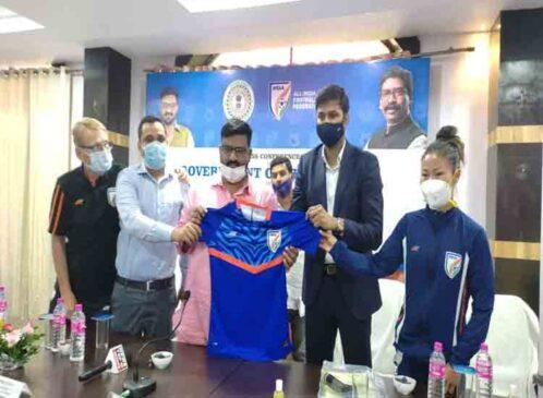 मंत्री हफीजुल हुसैन ने लिया एशियन फुटबॉल चैंपियनशिप की तैयारियों का जायजा, कहा झारखंड में खेल प्रतिभा की कमी नहीं