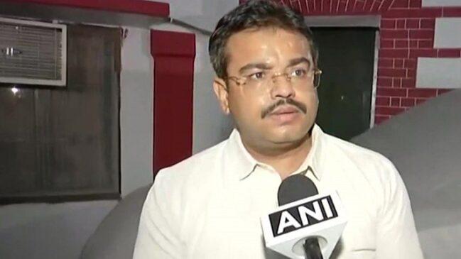 लखीमपुर खीरी हिंसा मामले में केंद्रीय मंत्री अजय मिश्रा टेनी का बेटा आशीष मिश्रा गिरफ्तार